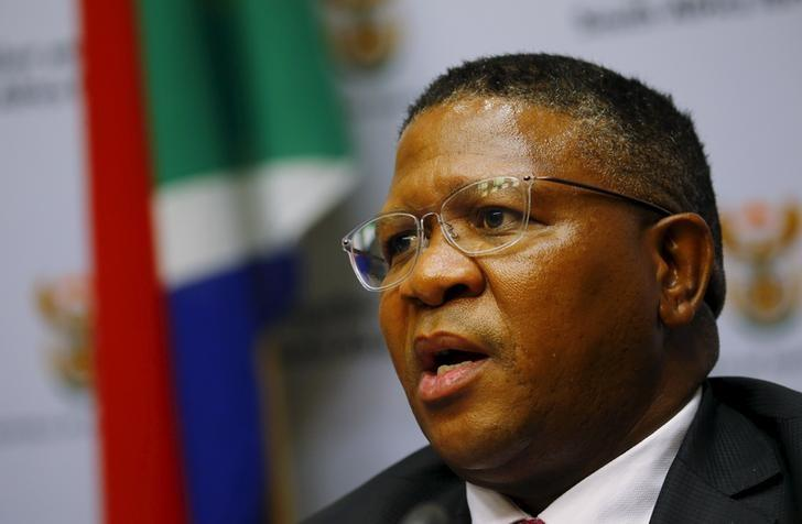 South African Sports Minister Fikile Mbalula addresses a media conference in Cape Town, March 17, 2016.  REUTERS/Mike Hutchings