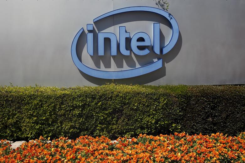 FILE PHOTO: The logo of Intel, the world's largest chipmaker, is seen at their offices in Jerusalem, April 20, 2016. REUTERS/Ronen Zvulun/File Photo