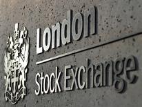 Les Bourses européennes évoluent sans grand changement mercredi à mi-séance. Vers 11h25 GMT, le CAC 40 prend 0,05%, le Dax gagne 0,04% et le FTSE progresse de 0,18%. /Photo d'archives/REUTERS/Toby Melville/File Photo