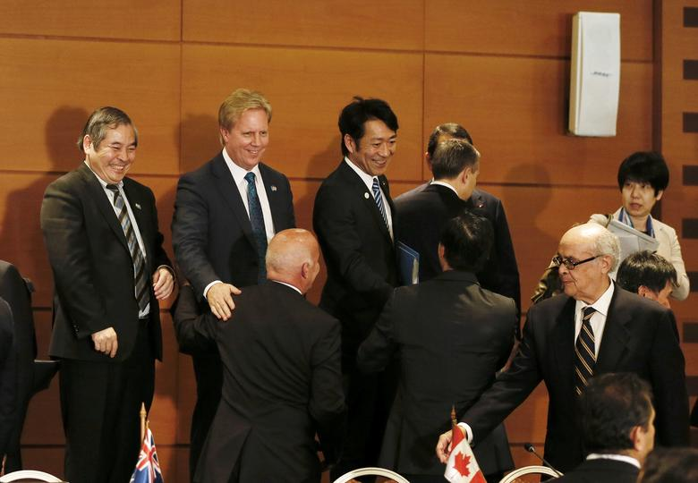 (L-R) Vietnam's Ambassador in Chile Ngo Duc Thang, New Zealand's Trade Minister Todd McClay, Japan's Parliamentary Vice-Minister of Economy, Trade and Industry Toshinao Nakagawa and Peru's Foreign Minister Ricardo Luna Mendoza are seen after the meeting of the ''Alianza del Pacifico'' (Pacific Alliance) summit in Vina del Mar, Chile March 15, 2017. REUTERS/Rodrigo Garrido