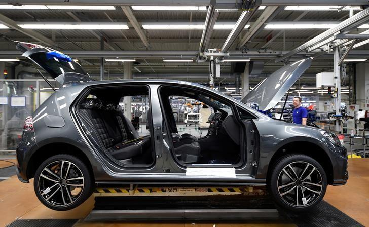 VW Golf cars are pictured in a production line at the plant of German carmaker Volkswagen in Wolfsburg, March 9, 2017. REUTERS/Fabian Bimmer