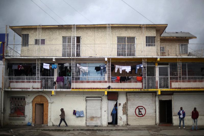 Stranded Haitian migrants seek new home on Mexico-U S