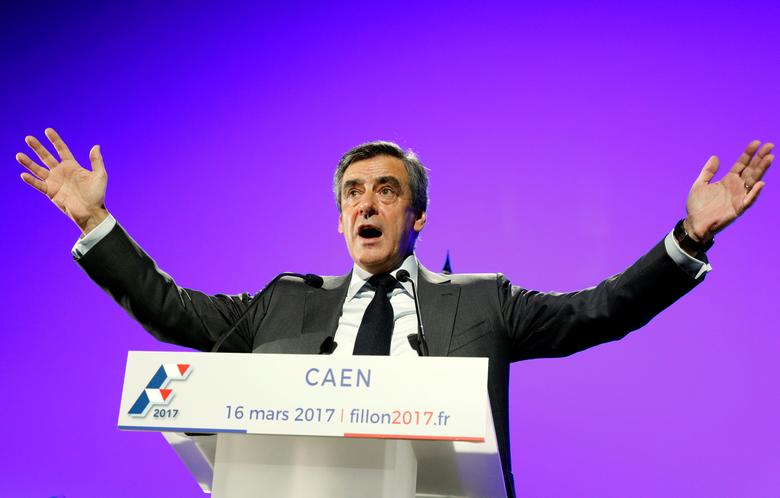 Francois Fillon, former French Prime Minister, member of the Republicans political party and 2017 presidential election candidate of the French centre-right delivers a speech at a campaign rally in Caen north-western France March 16, 2017.  REUTERS/Philippe Wojazer