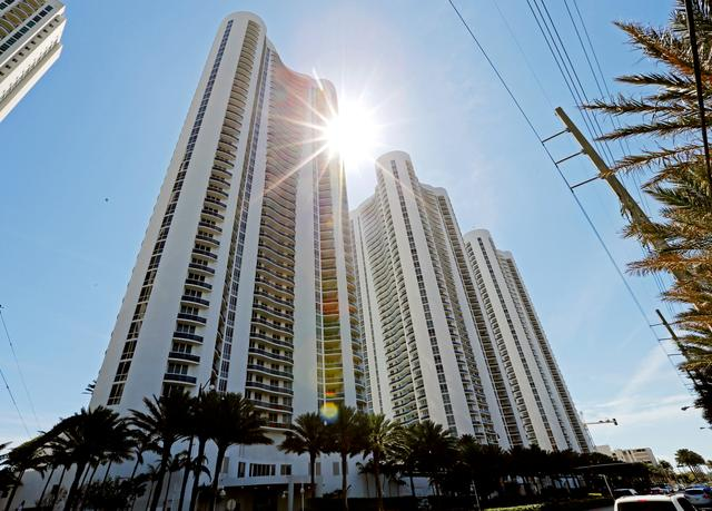 From left, Trump Towers I, II and III are  shown in Sunny Isles Beach, Florida, U.S. March 13, 2017.   REUTERS/Joe Skipper