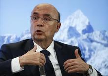 O ministro da Fazenda, Henrique Meirelles, durante o Fórum Econômico Mundial  em Davos, na Suíça 18/01/2017 REUTERS/Ruben Sprich