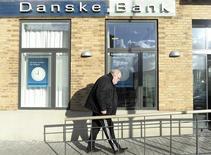 La banque danoise Danske Bank et la suédoise Nordea ont déclaré lundi coopérer avec les autorités qui enquêtent sur de possibles opérations de blanchiment d'argent via leurs filiales à l'étranger entre 2011 et 2014. /Photo d'archives/REUTERS/Fabian Bimmer