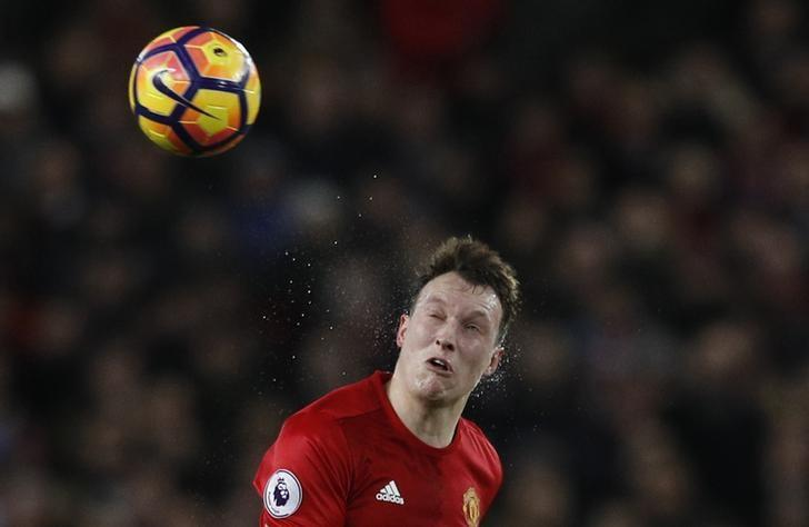 Britain Soccer Football - Manchester United v Liverpool - Premier League - Old Trafford - 15/1/17 Manchester United's Phil Jones in action Reuters / Phil Noble Livepic