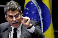 Líder do governo no Senado, Romero Jucá, durante sessão da Casa em Brasília 12/05/2016 REUTERS/Ueslei Marcelino