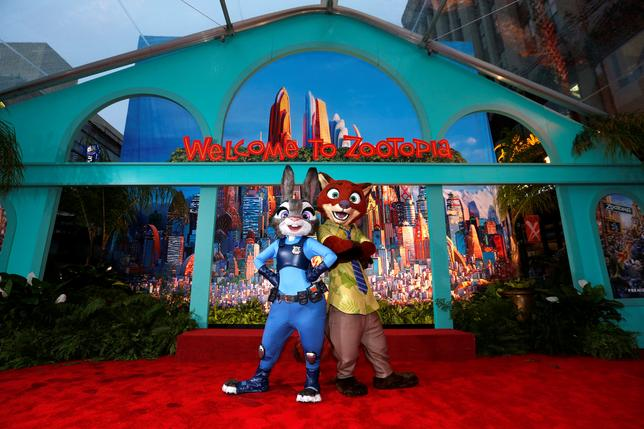 FILE PHOTO - The characters of Judy Hopps and Nick Wilde pose at the premiere of ''Zootopia'' at El Capitan theatre in Hollywood, California February 17, 2016.   REUTERS/Mario Anzuoni/File Photo
