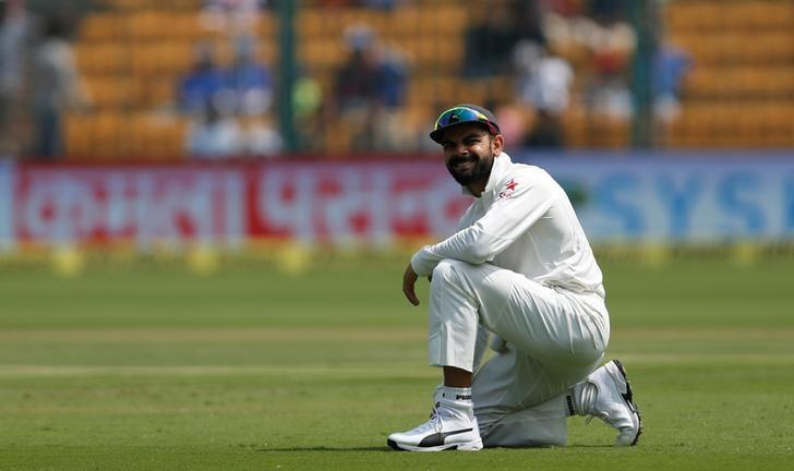Cricket - India v Australia - Second Test cricket match - M Chinnaswamy Stadium, Bengaluru, India - 05/03/17. India's captain Virat Kohli reacts after a dropped catch. REUTERS/Danish Siddiqui