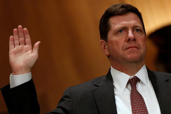 Jay Clayton is sworn in to testify at a Senate Banking, Housing and Urban Affairs Committee hearing on his nomination of to be chairman of the Securities and Exchange Commission (SEC) on Capitol Hill in Washington, U.S. March 23, 2017.  REUTERS/Jonathan Ernst/Files