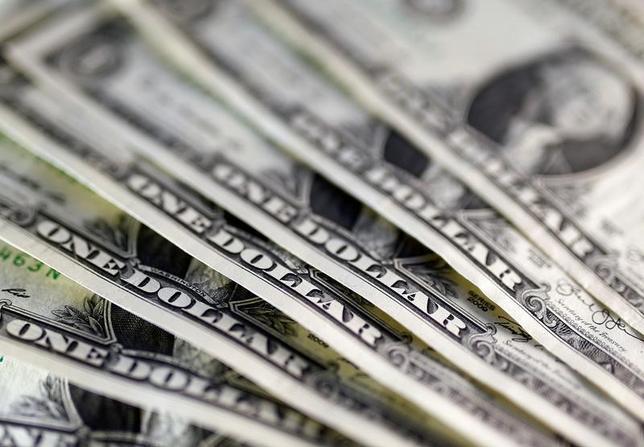 3月23日、終盤のニューヨーク外為市場では、ドルが対円で4カ月ぶりの安値水準付近で推移した。昨年11月撮影(2017年 ロイター/Dado Ruvic)