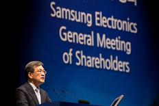 Kwon Oh-Hyun, co-chief executive officer of Samsung Electronics Co., speaks during the company's annual general meeting at the Seocho office building in Seoul, South Korea, on Friday, March 24, 2017. REUTERS/SeongJoon Cho/Pool