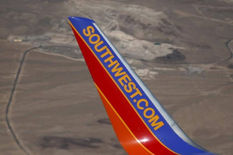 FILE PHOTO -  A Southwest Airlines plane flies over Nevada, United States April 23, 2015. REUTERS/Lucy Nicholson/File Photo