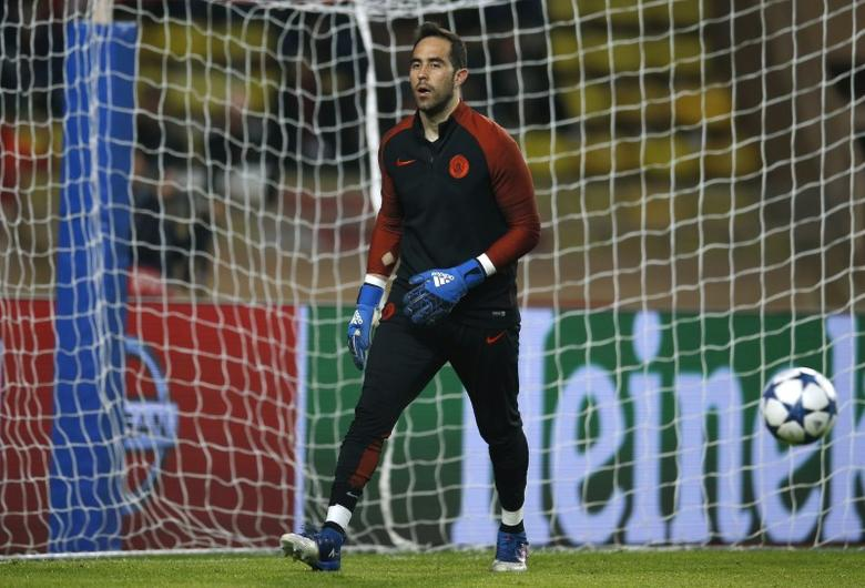 AS Monaco v Manchester City - UEFA Champions League Round of 16 Second Leg - Stade Louis II, Monaco - 15/3/17 Manchester City's Claudio Bravo warms up before the match  Action Images via Reuters / Andrew Couldridge Livepic