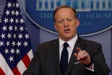 Porta-voz da Casa Branca, Sean Spicer, durante briefing a jornalistas nesta segunda 27/03/2017 REUTERS/Jonathan Ernst