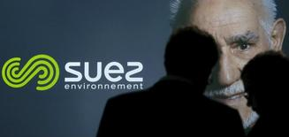 Le Brexit devrait avoir des effets positifs sur l'activité de Suez au Royaume-Uni dans la mesure où le gouvernement britannique envisage de gérer à l'avenir sur le territoire national des déchets aujourd'hui exportés, selon un responsable du groupe français. /Photo d'archives/REUTERS/Christian Hartmann