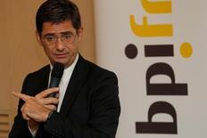 Bpifrance, qui va récupérer la part de l'Etat dans le groupe PSA, n'entend pas pour le moment s'alléger au capital du constructeur automobile français dont la banque publique soutient la stratégie, et en particulier le rachat d'Opel, a déclaré jeudi lors d'un entretien accordé à Reuters le directeur général de Bpifrance, Nicolas Dufourcq. /Photo prise le 31 janvier 2017/REUTERS/Philippe Wojazer