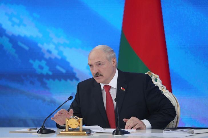 Belarus' President Alexander Lukashenko speaks during a news conference in Minsk, Belarus February 3, 2017. REUTERS/Nikolai Petrov/BelTA/Pool