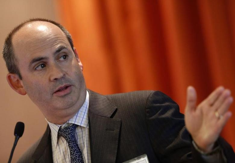 Jeffrey Solomon, CEO of Cowen and Company, speaks at the Sandler O'Neill + Partners, L.P. Global Exchange and Brokerage Conference in New York June 6, 2013.  REUTERS/Brendan McDermid