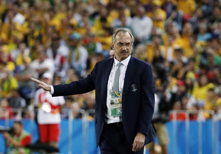 South Korea's coach Uli Stielike reacts during their Asian Cup final soccer match against Australia at the Stadium Australia in Sydney January 31, 2015.   REUTERS/Jason Reed/Files