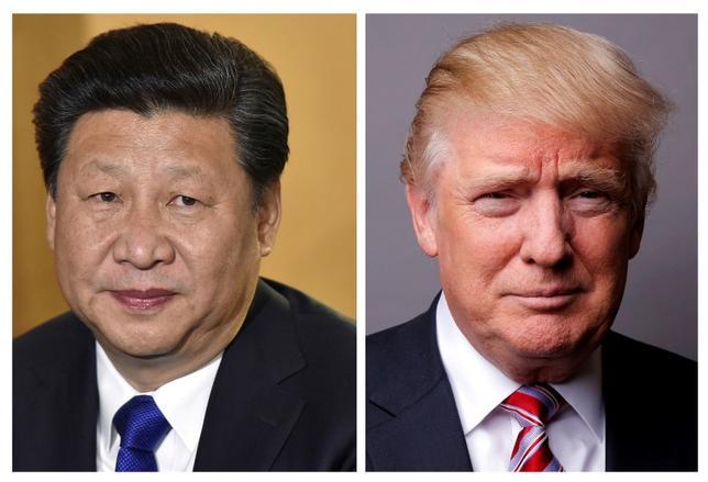 4月4日、米ホワイトハウス当局者は、トランプ大統領と中国の習近平国家主席との首脳会談では、北朝鮮をいかに抑えるかについて話し合う見通しだと明らかにしたうえで、米中関係が試されることになると語った(2017年 ロイター/Toby Melville/Lucas Jackson)