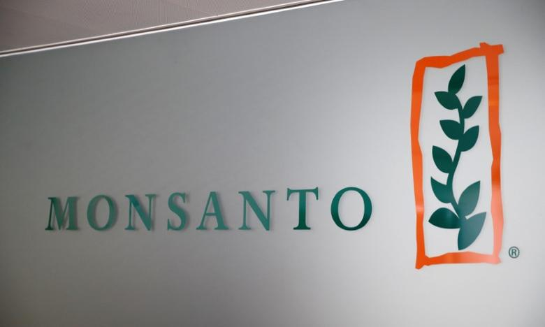 FILE PHOTO: A Monsanto logo is pictured in the company headquarters in Morges, Switzerland, May 25, 2016.  REUTERS/Denis Balibouse/File Photo