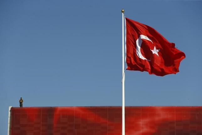 4月6日、オーストラリアのビショップ外相は、テロリストがトルコのガリポリ半島で今月下旬に行われる第1次世界大戦の記念式典を標的とした襲撃を企てているとみられる情報を入手したと明らかにした。写真はイスタンブールで昨年7月撮影(2017年 ロイター/Osman Orsal)