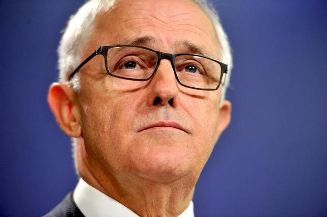 4月7日、オーストラリアのターンブル首相は、米軍がシリアの軍事拠点を攻撃したことについて、化学兵器使用に対する「相応の対応」とし、「米国の迅速な行動に支持」を表明した。写真はシドニーで撮影(2017年 ロイター)