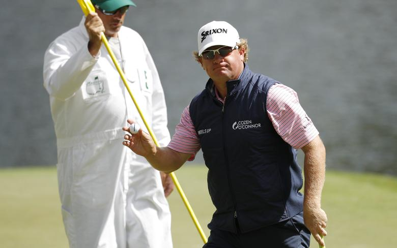 William McGirt of the U.S. waves to the crowd after a birdie putt on the 16th hole in first round play during the 2017 Masters golf tournament at Augusta National Golf Club in Augusta, Georgia, U.S., April 6, 2017. REUTERS/Brian Snyder