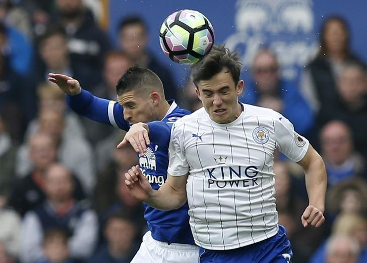 Britain Football Soccer - Everton v Leicester City - Premier League - Goodison Park - 9/4/17 Everton's Kevin Mirallas in action with Leicester City's Ben Chilwell  Reuters / Andrew Yates Livepic