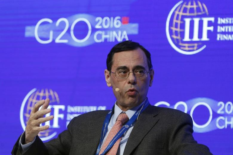 FILE PHOTO: Jaime Caruana, general manager of the Bank for International Settlements, attends a conference during the 2016 IIF G20 Conference at the financial district of Pudong in Shanghai, China, February 25, 2016. REUTERS/Aly Song