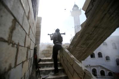 Gun battles in Lebanon refugee camp