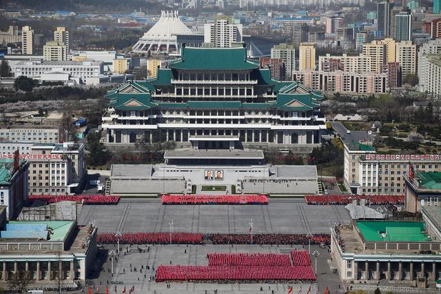 People practice for the expected parade on the main Kim Il Sung square in central Pyongyang, North Korea April 12, 2017.    REUTERS/Damir Sagolj