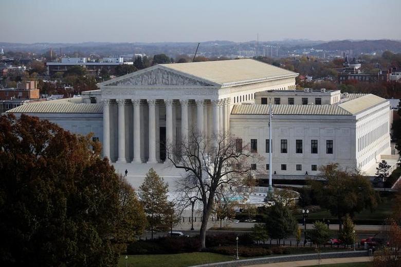 A general view of the U.S. Supreme Court building in Washington, U.S., November 15, 2016. REUTERS/Carlos Barria - RTX2TTHN