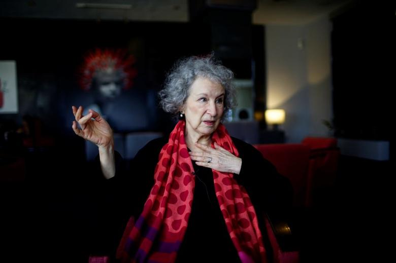 Canadian writer Margaret Atwood speaks during an interview at a hotel in Havana, Cuba, February 8, 2017. Picture taken on February 8, 2017. REUTERS/Alexandre Meneghini - RTSY5HP