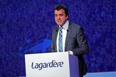 Arnaud Lagardère (photo), gérant du groupe Lagardère, annonce qu'il va prendre en direct la présidence d'Europe 1 et nommer une nouvelle équipe à la tête de la radio, dont l'audience est en berne. /Photo d'archives/REUTERS/Benoit Tessier
