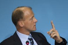 Le parquet de Vienne a annoncé mercredi qu'il avait ouvert une enquête sur le président exécutif d'Airbus Thomas Enders sur des soupçons d'escroquerie liés à un contrat passé en 2003 avec l'Autriche pour l'achat d'avions de combat Eurofighter. /Photo d'archives/REUTERS/Thomas Peter