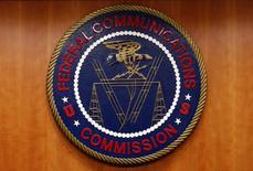 """Le directeur de l'autorité fédérale des communications (FCC) américaine a proposé mercredi de supprimer les règles édictées par l'administration Obama en matière de """"neutralité du net"""", qui visent à garantir l'égalité de traitement de tous les flux de données sur internet. /Photo d'archives/REUTERS/Yuri Gripas"""