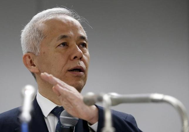 4月28日、東京電力ホールディングスが発表した2017年3月期の連結業績は経常利益が前年比30.2%減の2276億円だった。記者会見した広瀬直己社長(写真)は16年度の決算数値について、「コストダウンが定着して筋肉質にはなった」と説明した。写真は2015年4月撮影(2017年 ロイター/Yuya Shino)