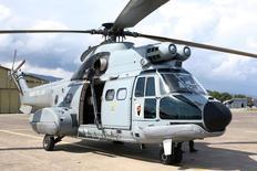 La Norvège ne va pas lever l'interdiction de vol de certains modèles d'hélicoptères Super Puma d'Airbus, a annoncé vendredi l'autorité norvégienne de l'aviation civile après la confirmation de la cause de la chute d'un appareil de ce type l'an dernier. /Photo d'archives/REUTERS/Charles Platiau