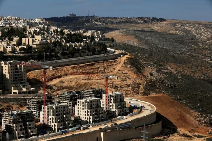 A general view shows the Israeli settlement of Ramot in an area of the occupied West Bank that Israel annexed to Jerusalem January 22, 2017. REUTERS/Ronen Zvulun/File photo