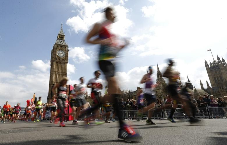 Britain Athletics - London Marathon - London - 23/4/17 General view of runners at Westminster during the marathon Action Images via Reuters / Andrew Boyers Livepic