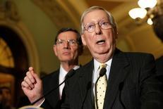 Líder da maioria no Senado, Mitch McConnell 25/04/2017 REUTERS/Joshua Roberts