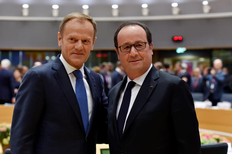 France's President Francois Hollande stands with European Council President Donald Tusk during a EU summit in Brussels, Belgium April 29, 2017. Reuters/Eric Vidal