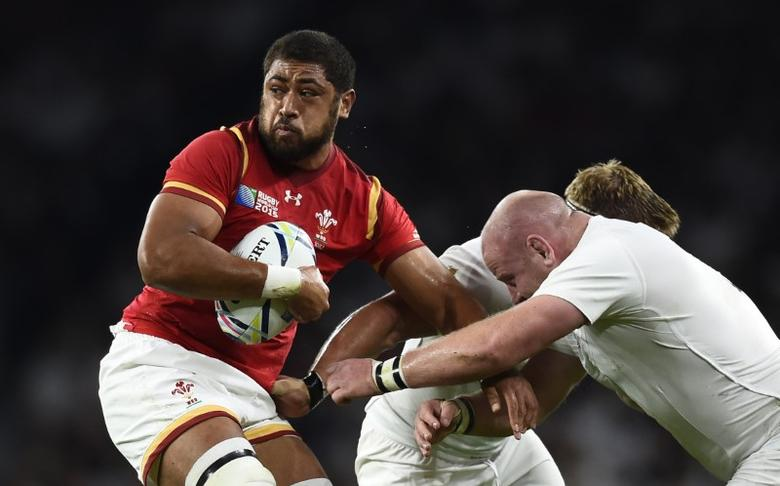 Rugby Union - England v Wales - IRB Rugby World Cup 2015 Pool A - Twickenham Stadium, London, England - 26/9/15Taulupe Faletau of Wales in action against Dan Cole of EnglandReuters / Dylan MartinezLivepic