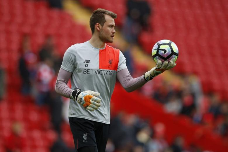 Britain Soccer Football - Liverpool v Everton - Premier League - Anfield - 1/4/17 Liverpool's Simon Mignolet warms up before the match Reuters / Phil Noble Livepic