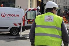 Veolia a annoncé mercredi avoir remporté trois contrats de services énergétiques auprès de clients industriels en Chine pour un montant total de 864 millions d'euros. /Photo d'archives/REUTERS/Pascal Rossignol