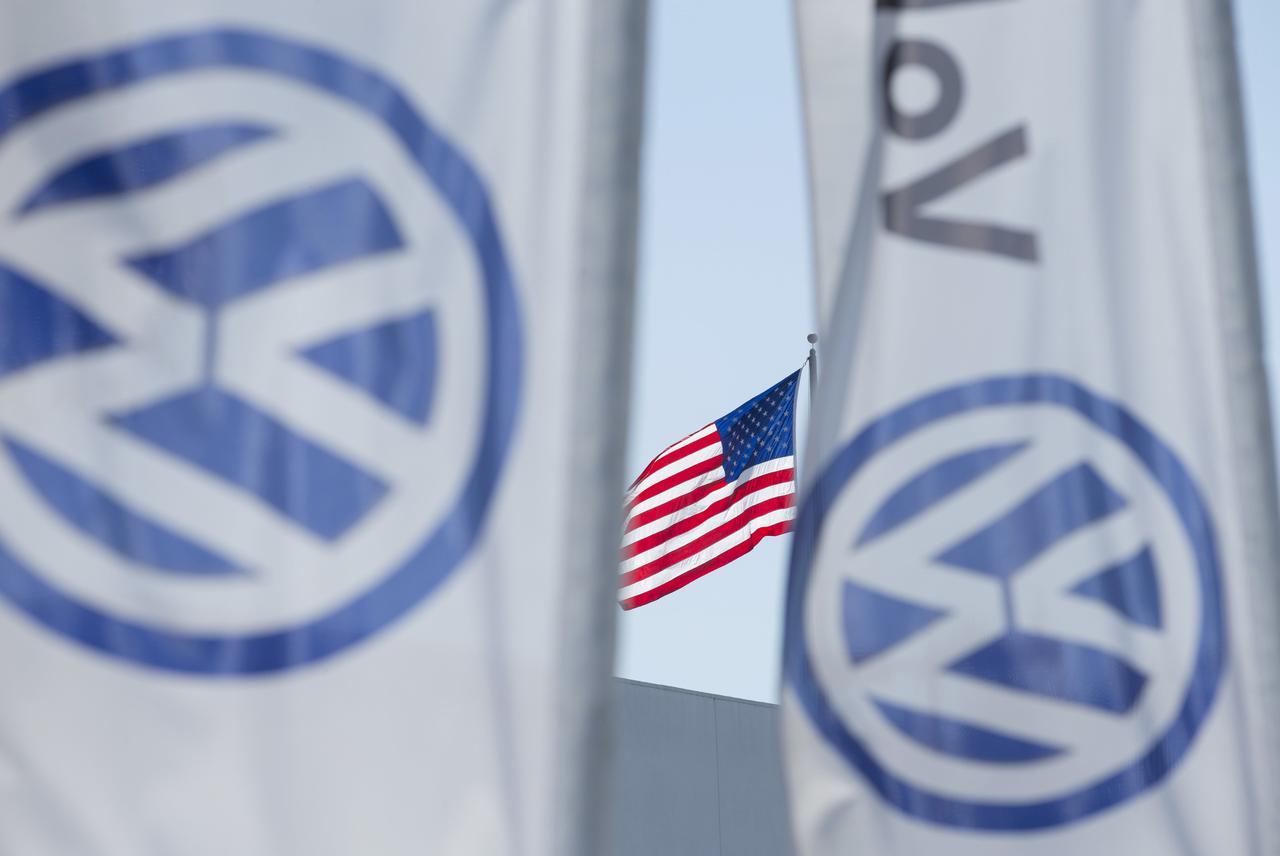 VW resumes U.S. diesel sales after emissions scandal | Reuters