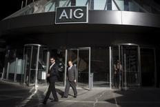 American International Group a publié mercredi un résultat d'exploitation au premier trimestre supérieur aux attentes grâce à ses produits d'investissement et à des réductions de coûts. /Photo d'archives/REUTERS/Brendan McDermid